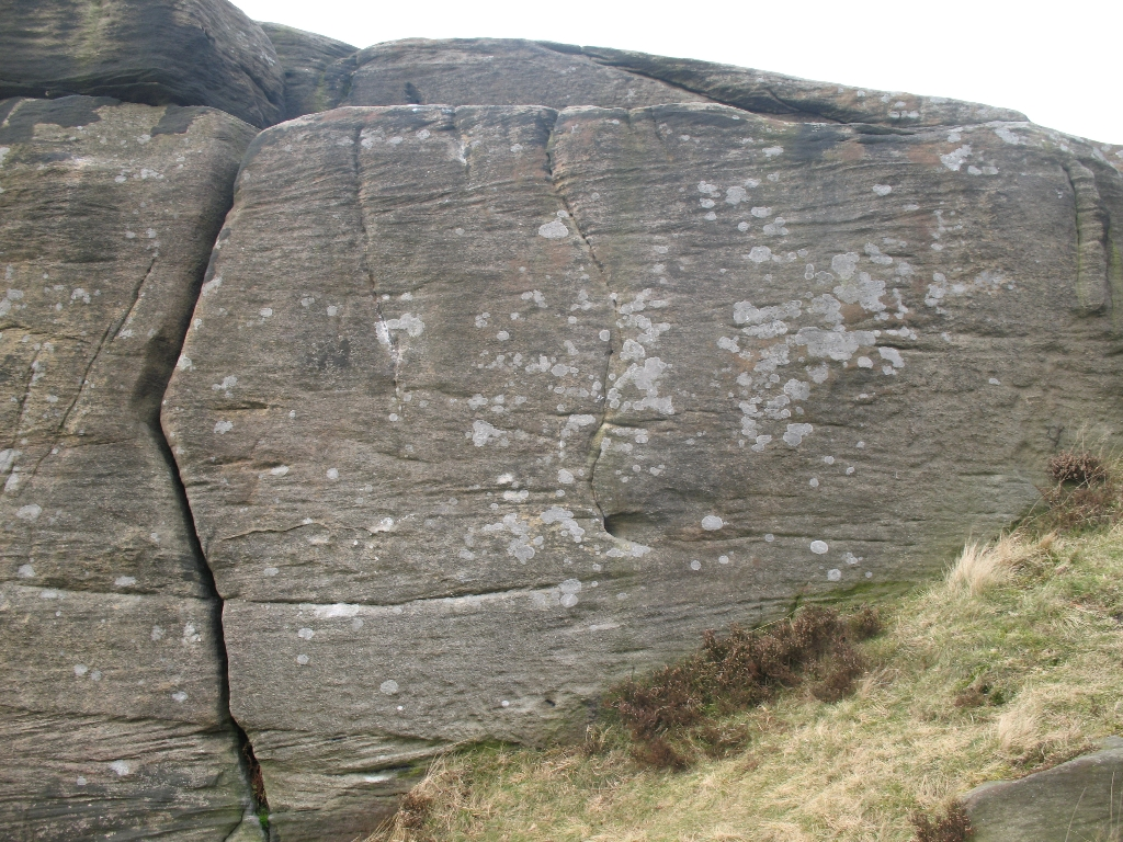 Shot of the boulder with dog-leg crack on
